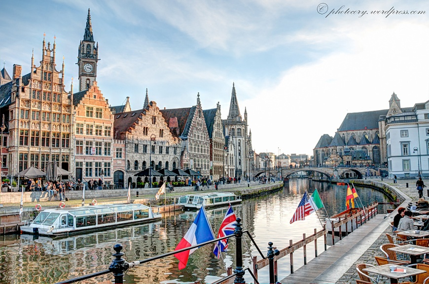 Peaceful time in Ghent during autumn.
