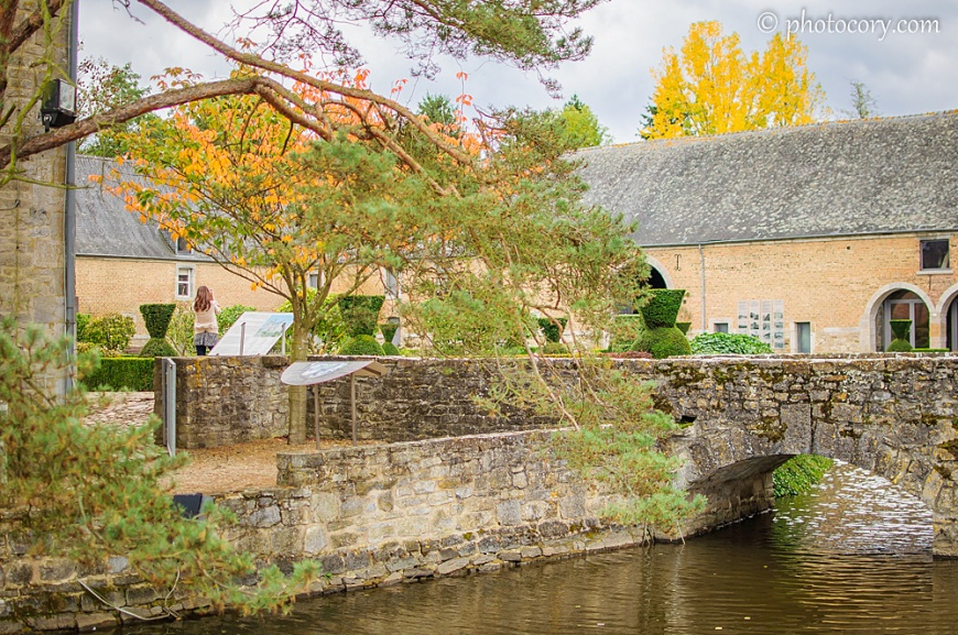 The nice stone bridge