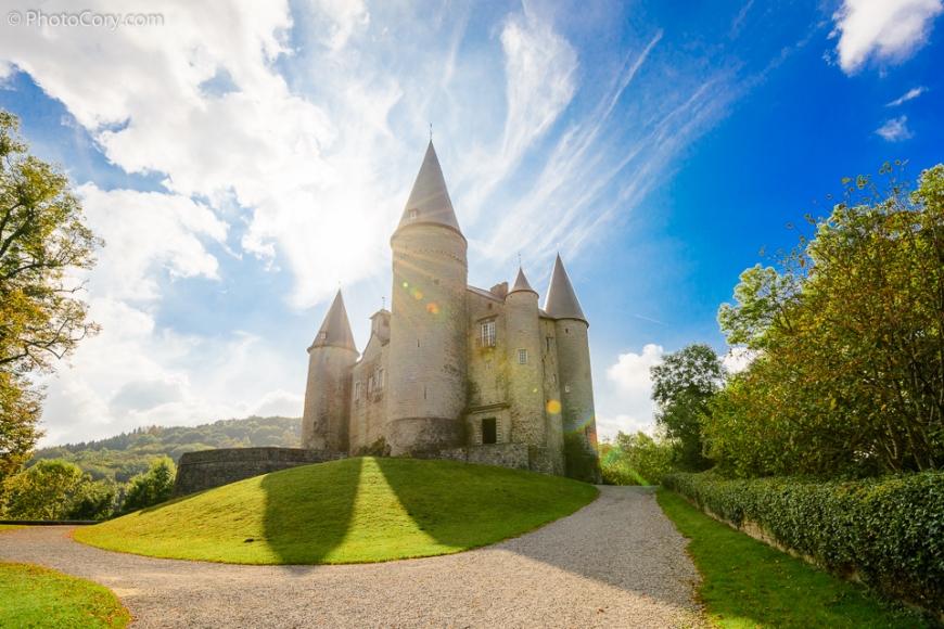 castle of veves chateau de veves belgique