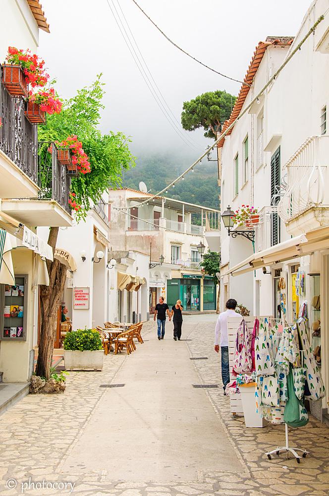 Souvenir street