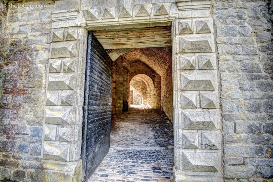 entrance door castle of veves