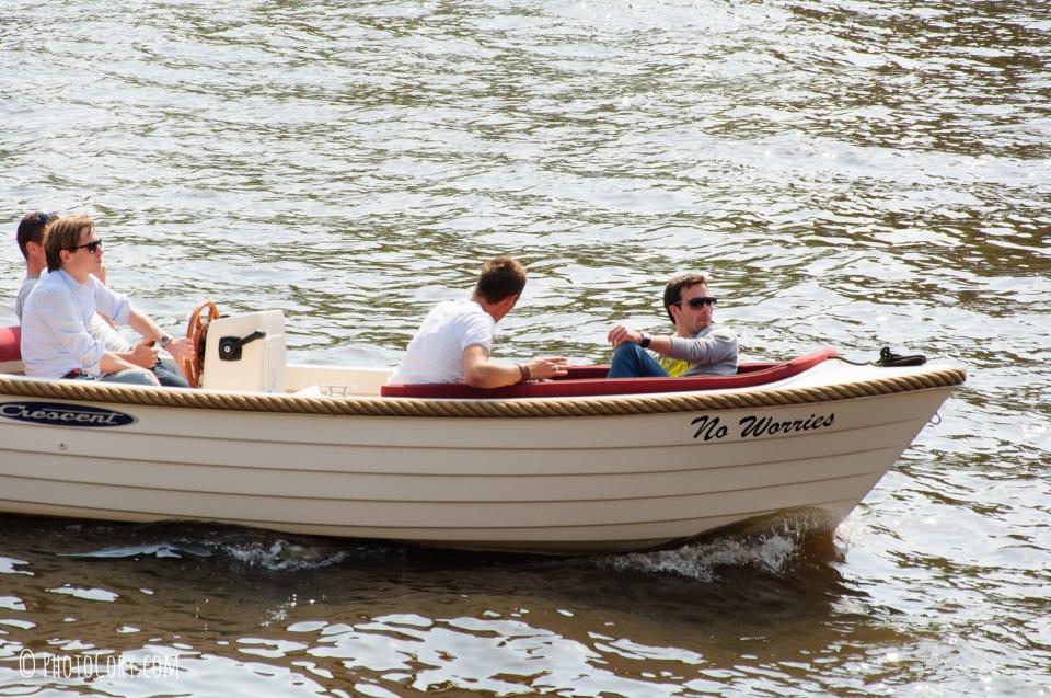 no worries boat