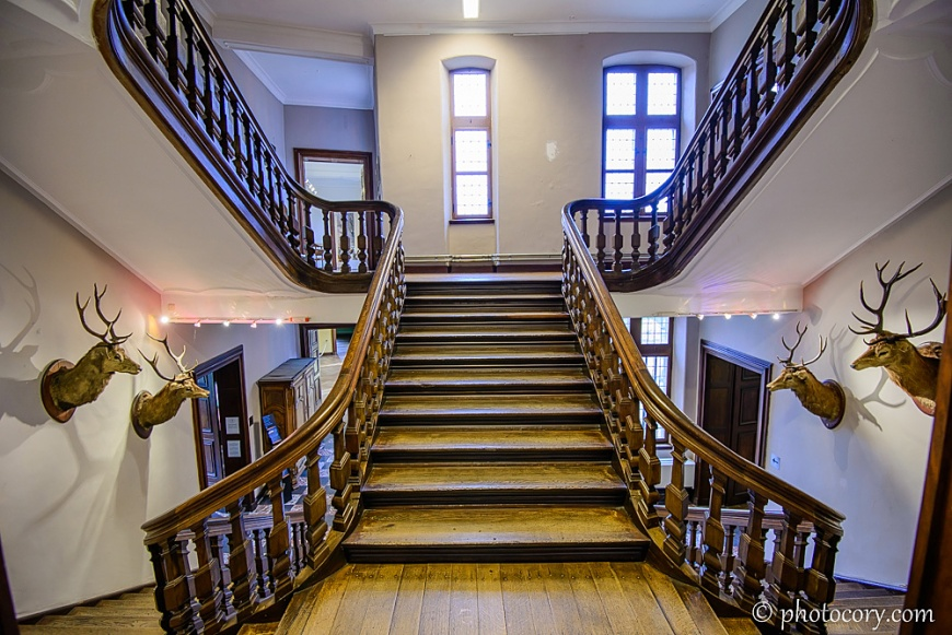 the same staircase from earlier, only that this is a frontal view