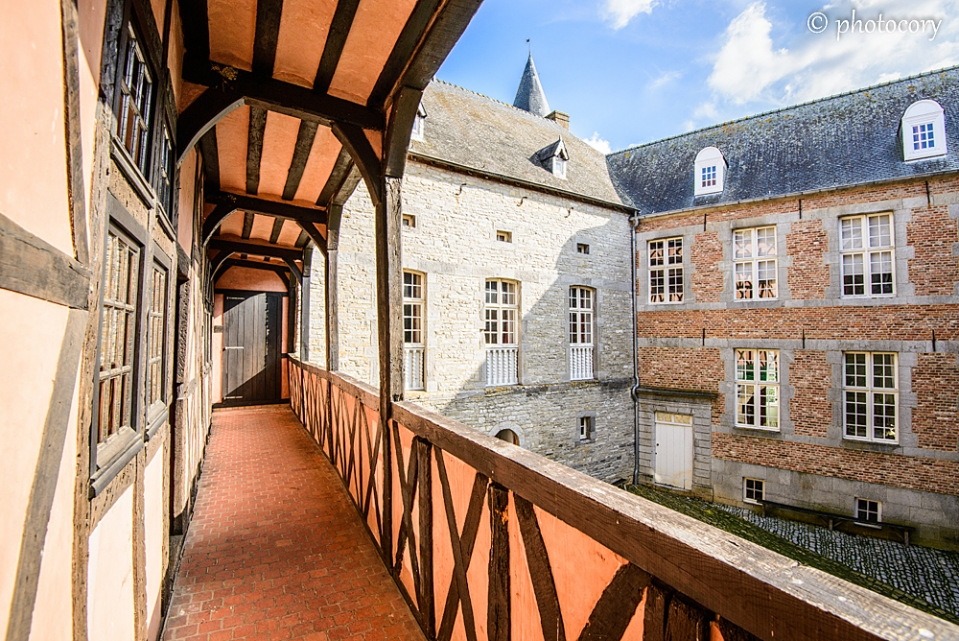 The inner courtyard at Castle of Vevs