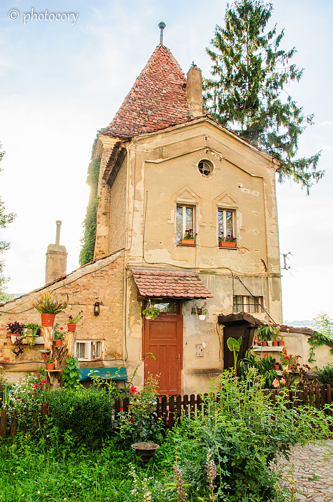 A very nice house in front of the Church on the Hill