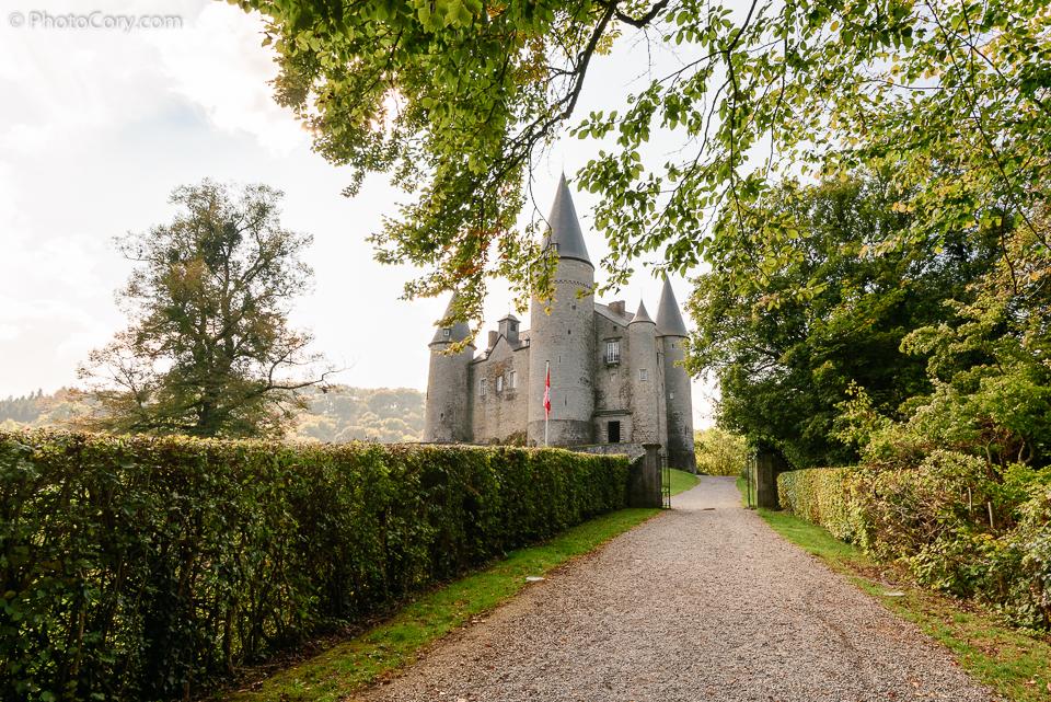 veves castle entrance