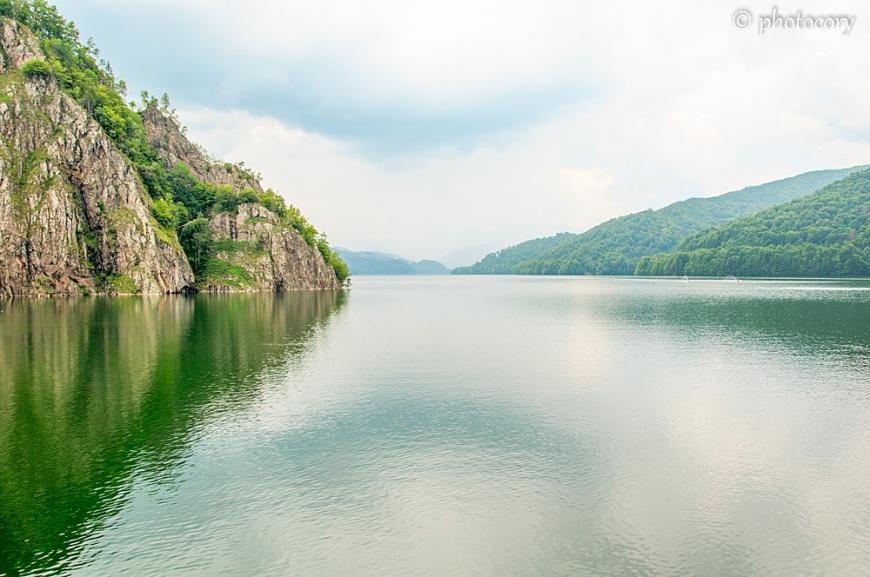 The beautiful vidraru Lake