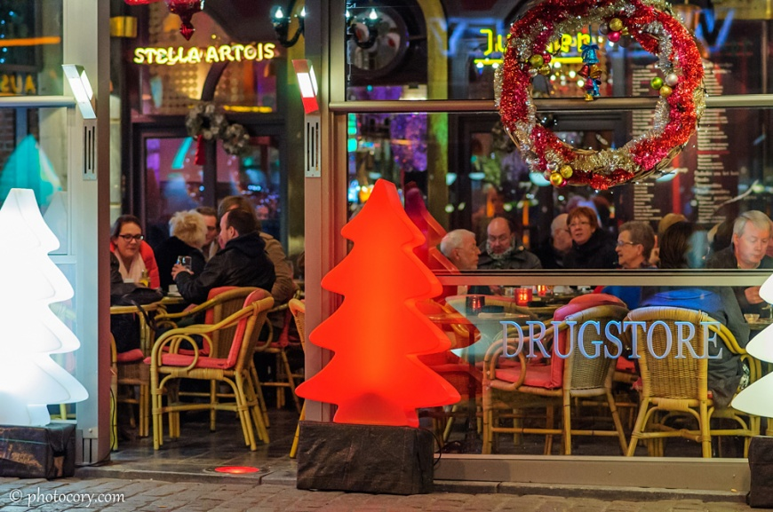 In Belgium, people of 40, 50 or even 60 years old go to pubs and have a good time