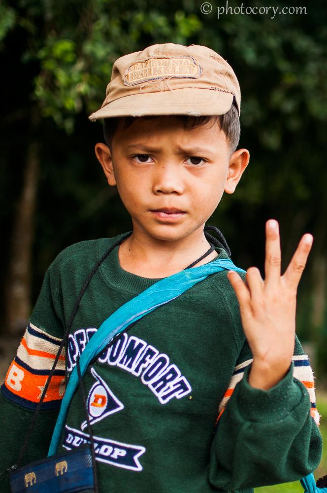 Boy Cambodia selling