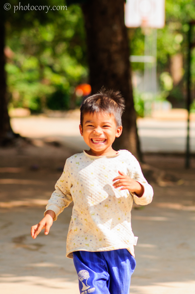 boy running happy