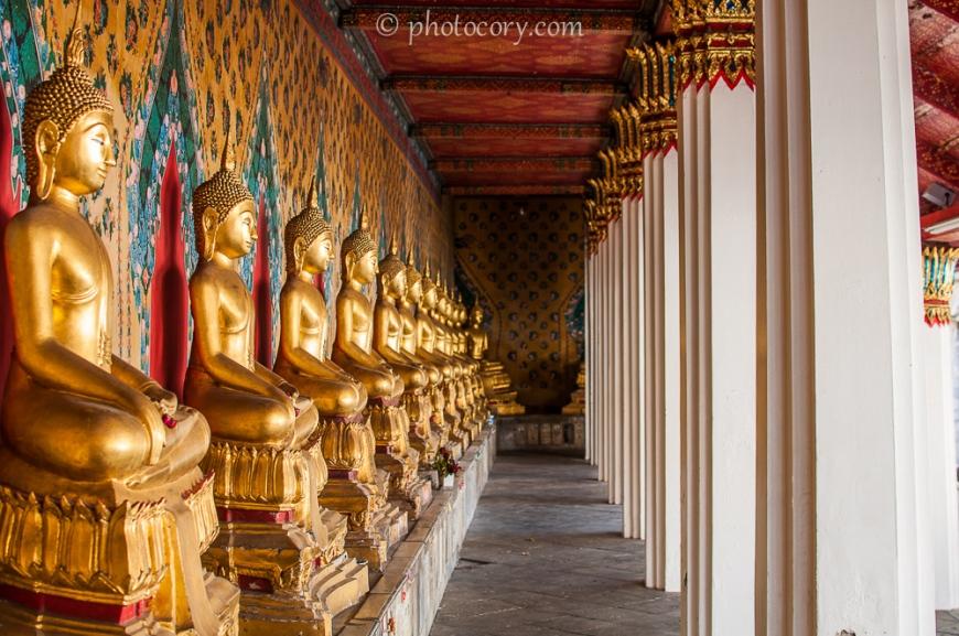 buddha statues at wat arun