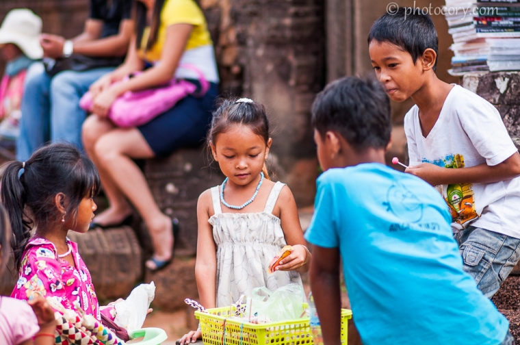 children selling at Angkor temples