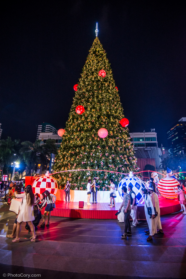 christmas tree at central world bangkok