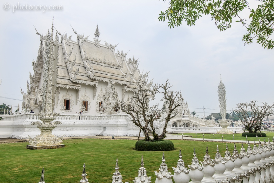 The magical Wat Rong Khun in Chiang Rai