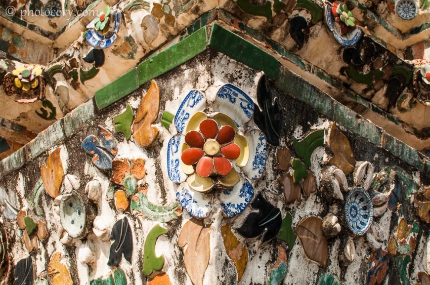 Porcelain on Wat Arun central tower/portelan pe turnul central din templul Arun