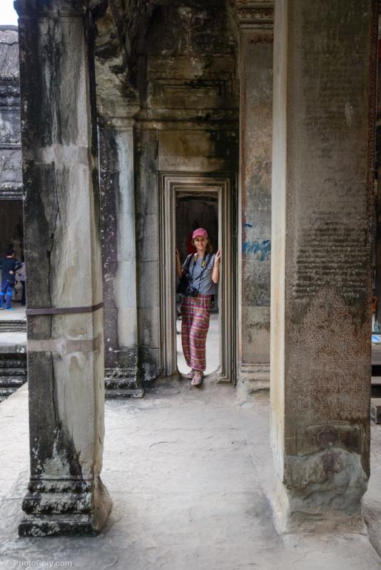 angkor wat corridors