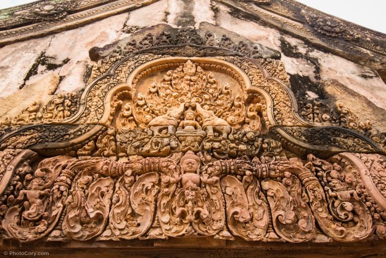 banteay srey carving