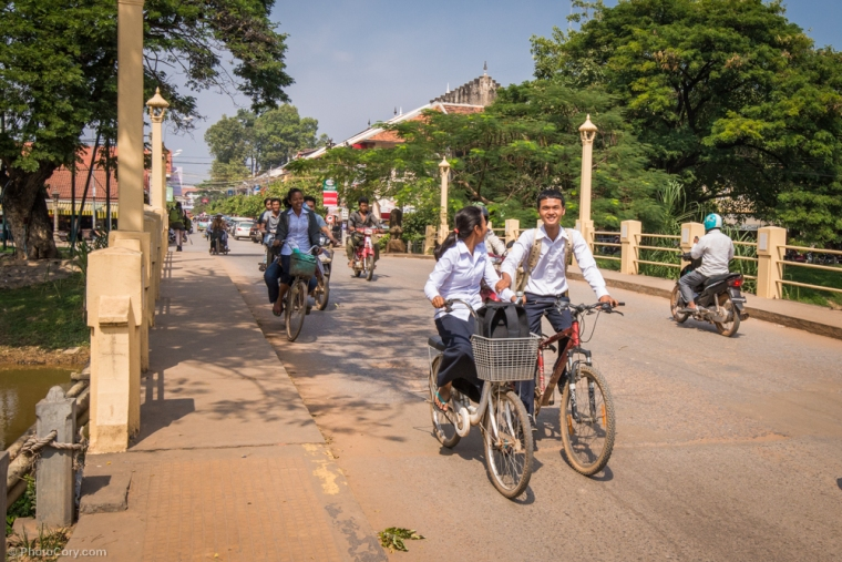 Children in uniform on bikes / elevi in uniforma pe bicicleta