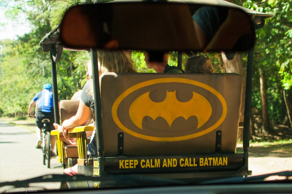 call batman tuk tuk