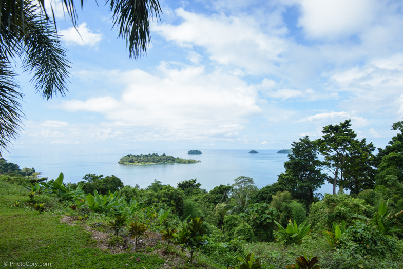 Cliff top view/ Vedere din punctul cel mai inalt al insulei