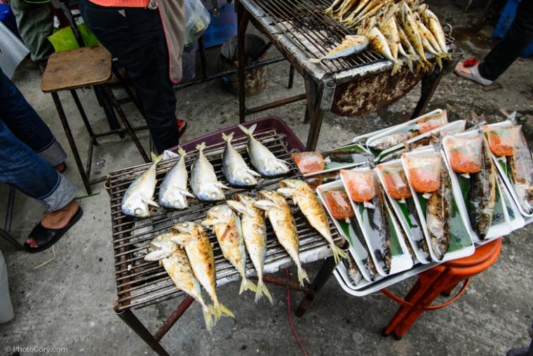 fish street market chiang rai