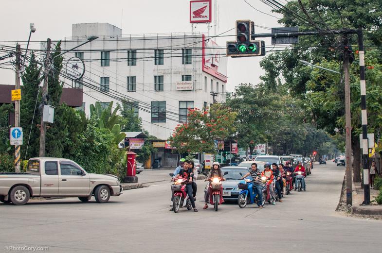 motorbikes traffic chiang rai