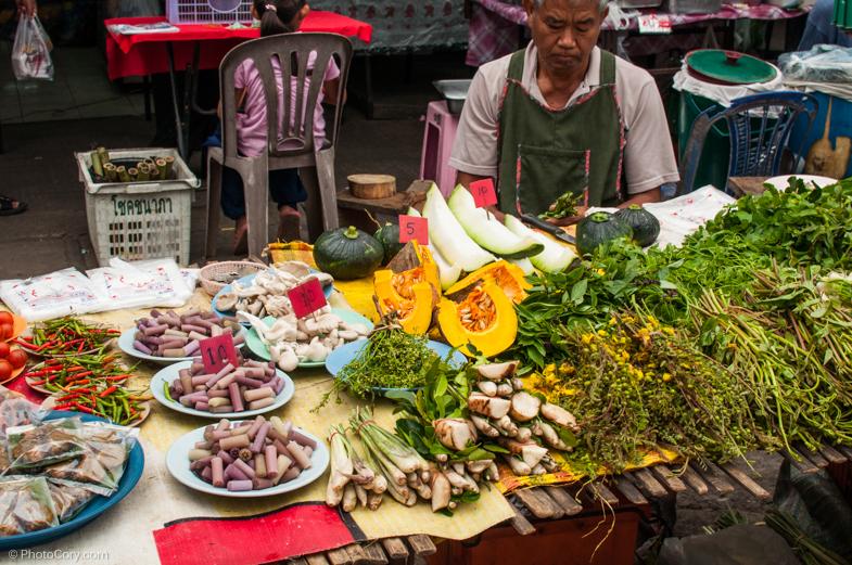 street market chiang rai