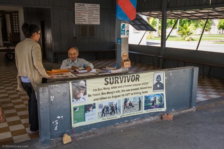 Survivor of the Prison S21 / Un supravietuitor al torturilor din inchisoarea S21