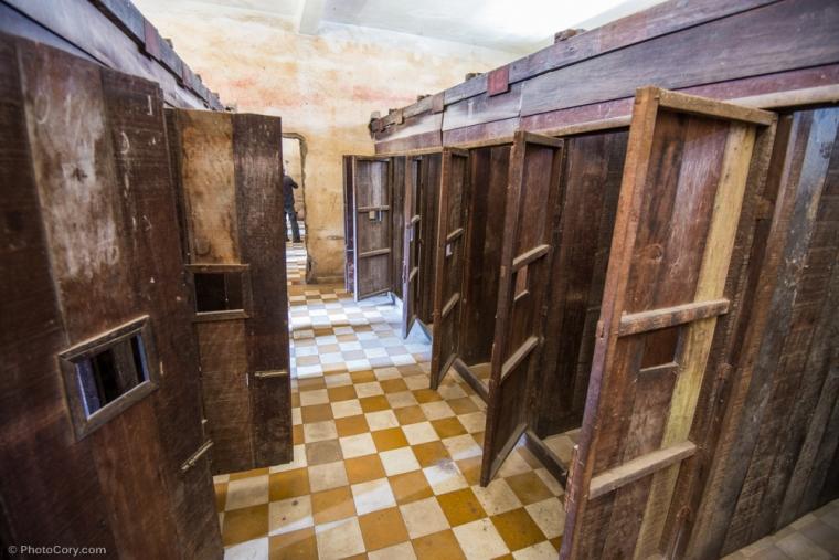 Wooden cells for individual prisoners / Celule mici din lemn