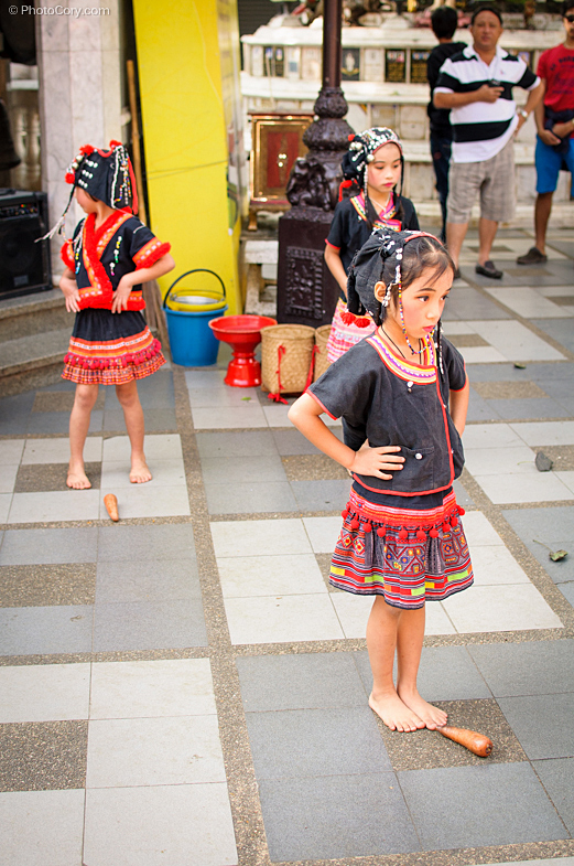 children with makeup dancing, thailand, chiang mai