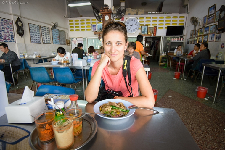 eating at local restaurant chiang mai