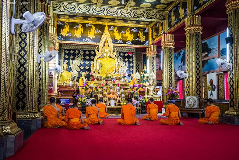 monks ceremony thailand