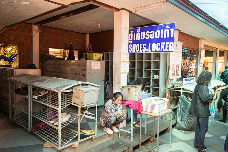 shoe locker temple thailand