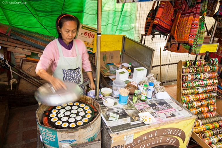 street food, small eggs