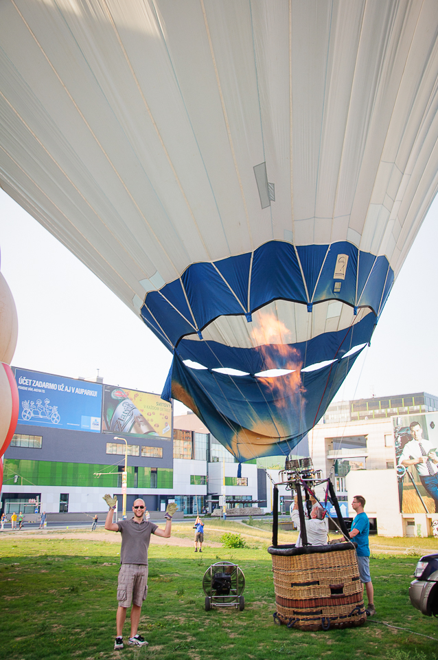 balloon getting up