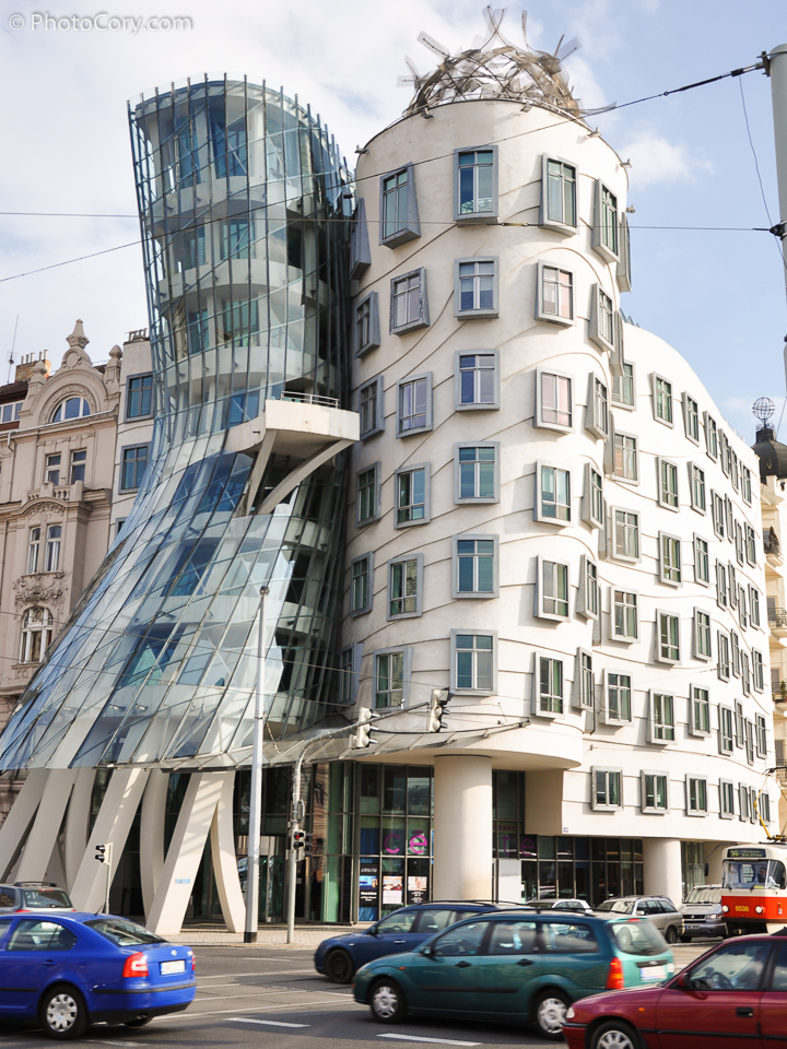 dancing house, fred and ginger, prague