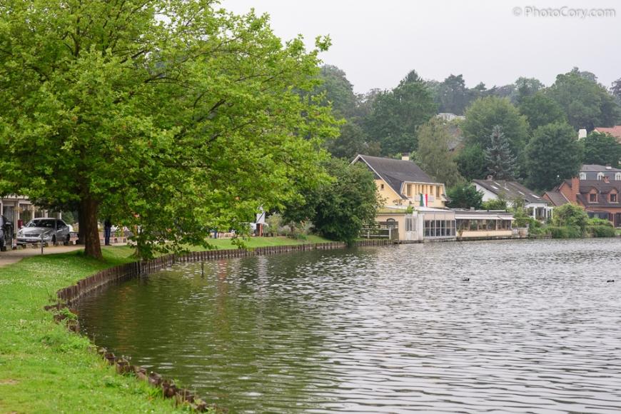 genval lake houses