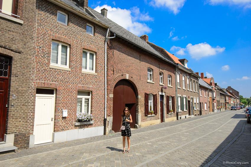 oud rekem street and buildings