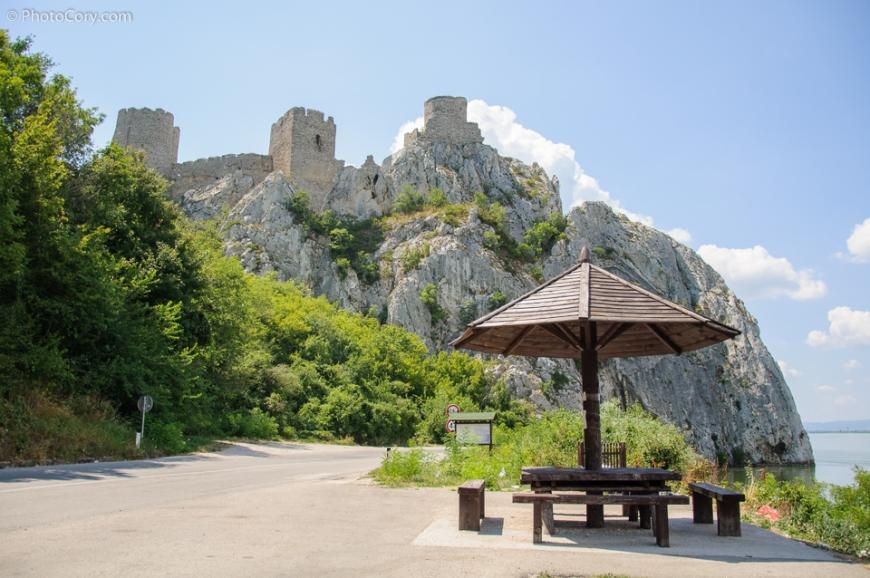 parking castle danube serbia, golubacky hrad