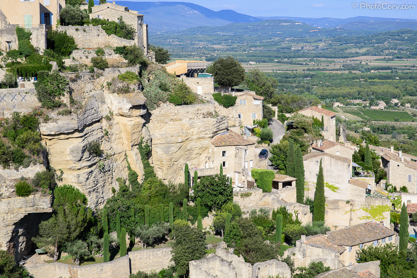 gordes village houses on rocks