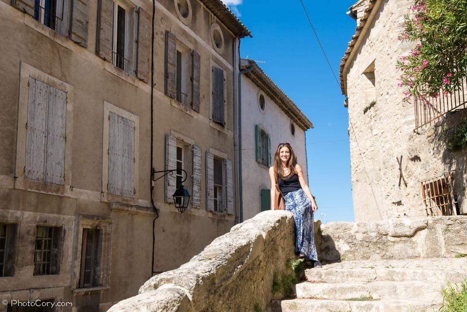 hilltop village provence bonnieux