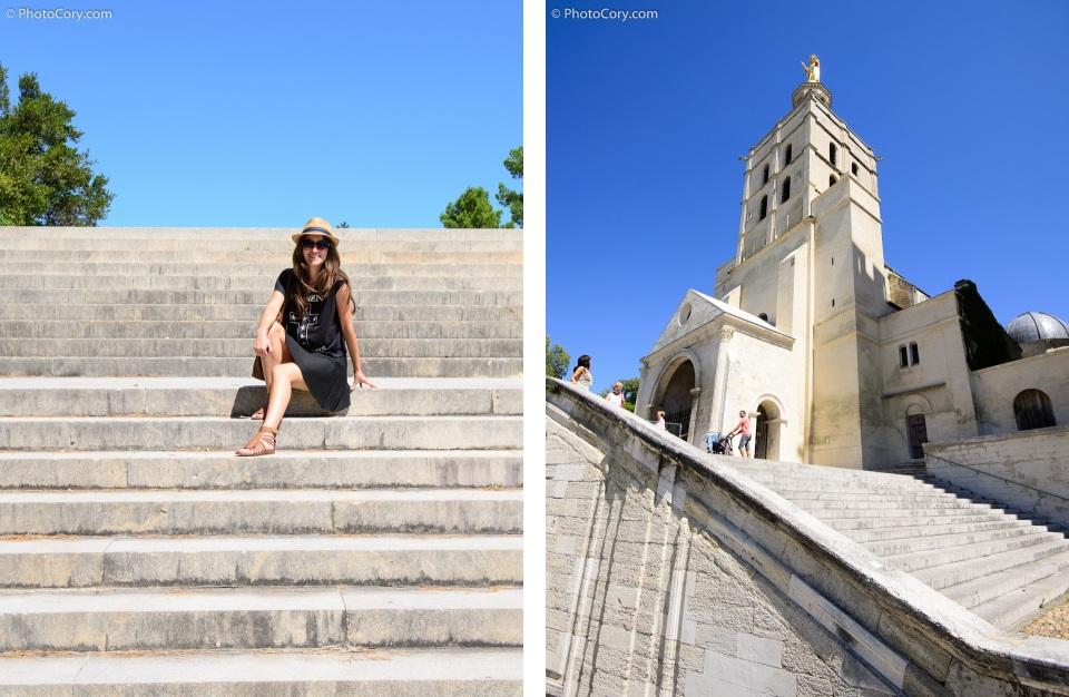 avignon castle stairs