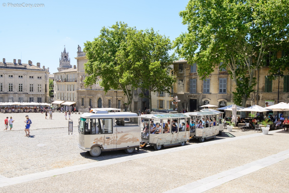 square papal palace