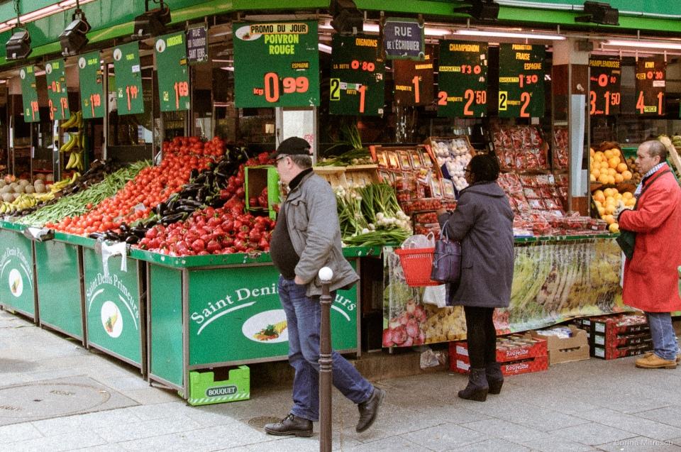vegetable market in paris
