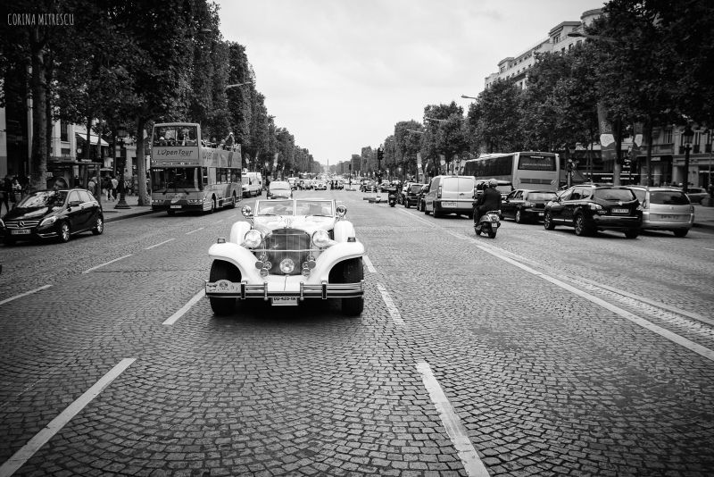 paris,champs elysees, black and white