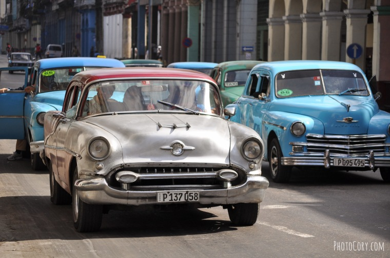 beautiful cars in havana