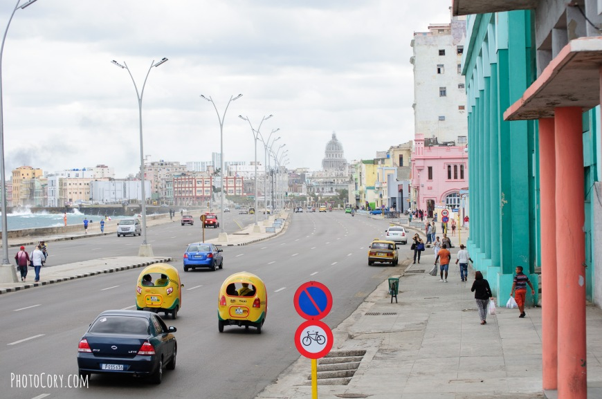 coco taxis on malecon