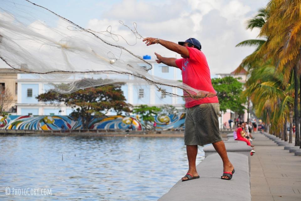 fisherman on prado cienfuegos