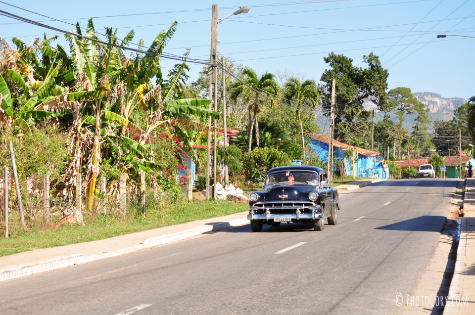 old car in vinales