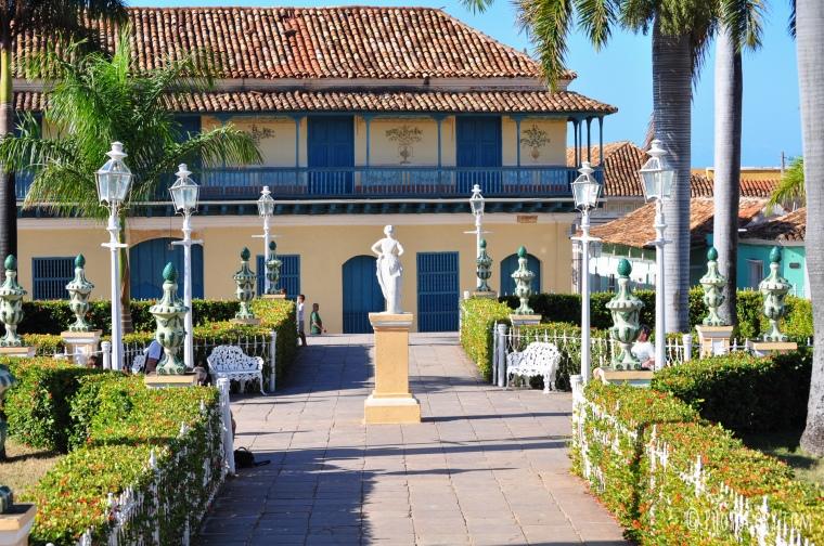plaza mayor trinidad cuba